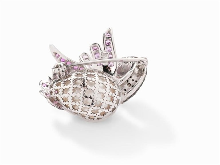 Round Cut Swan Brooch with South Sea Cultured Pearl, Pink Sapphires 18 Karat White Gold For Sale
