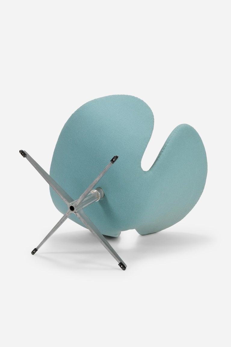 Stainless Steel Swan Chair Arne Jacobsen Fritz Hansen, 1960s For Sale