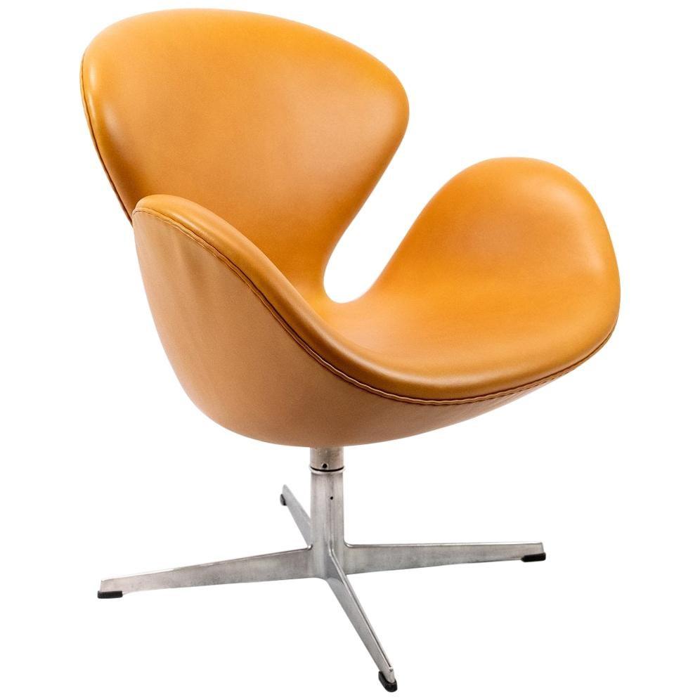 Swan Chair, Model 3320, by Arne Jacobsen and Fritz Hansen