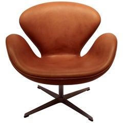 Swan Chair Model 3320 by Arne Jacobsen in 1958 and Fritz Hansen, 2003