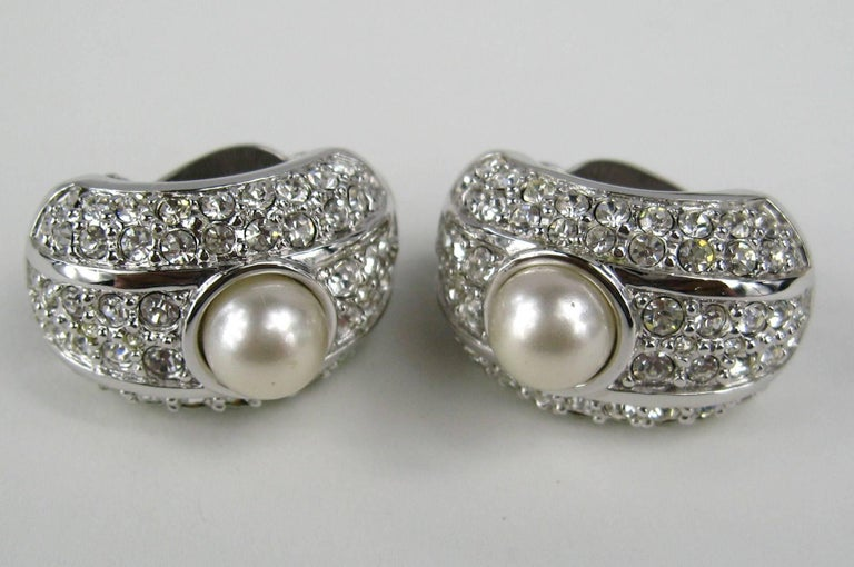 Swarovski Bezel Crystal & Pearl Clip on Earrings New, Never worn - 1980s In New Condition For Sale In Wallkill, NY