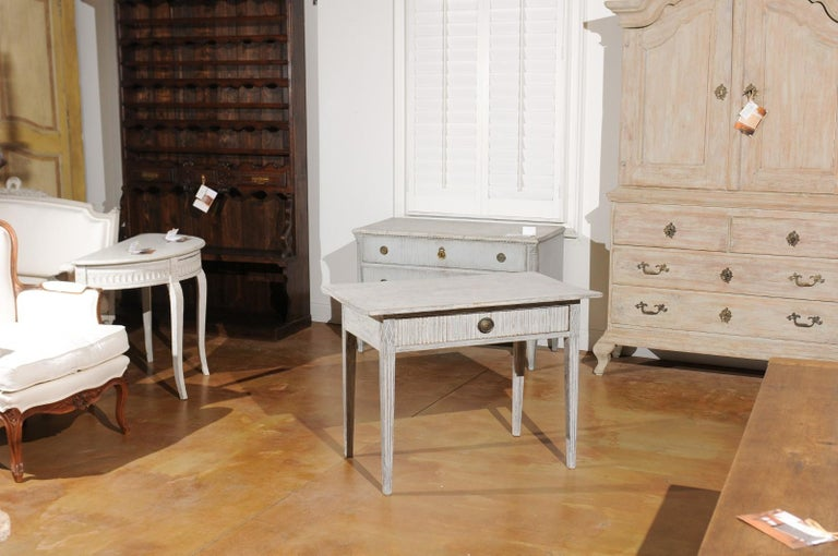Swedish 1820s Gustavian Style Painted Wood Table with Drawer and Reeded Accents In Good Condition For Sale In Atlanta, GA