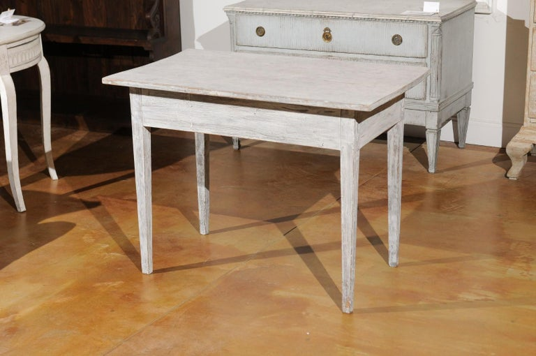 Swedish 1820s Gustavian Style Painted Wood Table with Drawer and Reeded Accents For Sale 4
