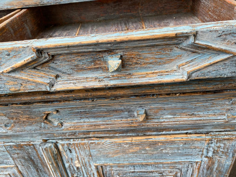 Swedish 18th Century Blue Painted Rococo Cabinet, circa 1760 For Sale 6