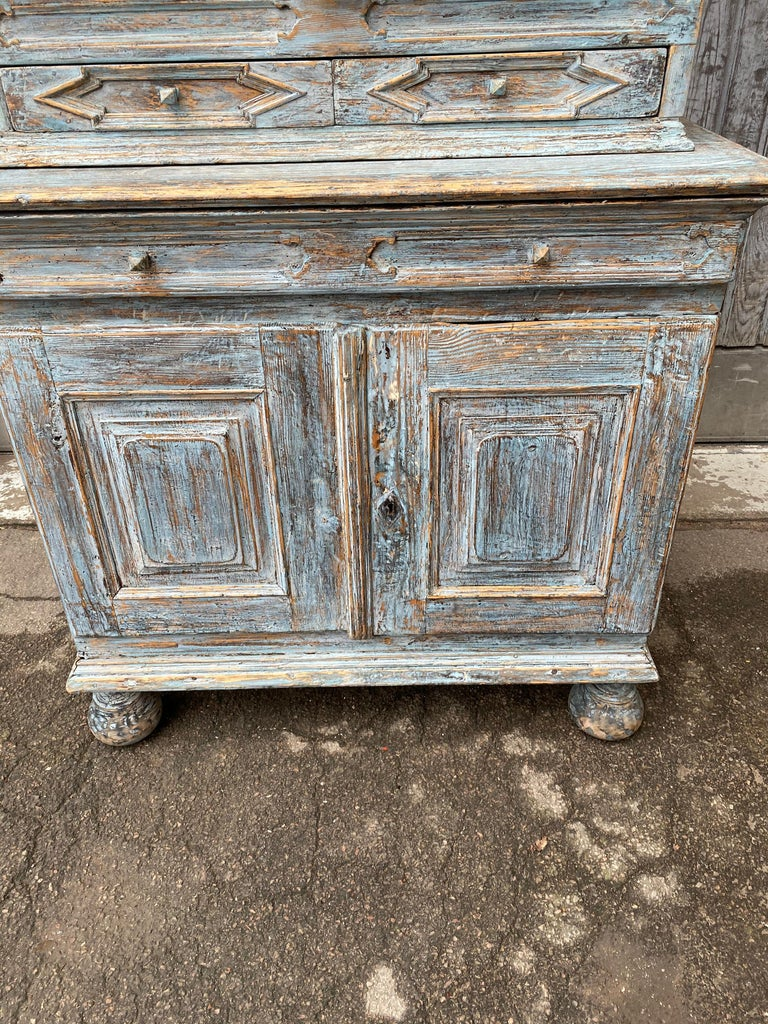 Swedish 18th Century Blue Painted Rococo Cabinet, circa 1760 For Sale 4