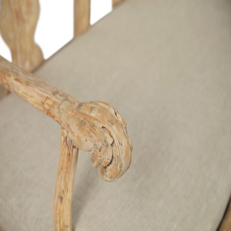 18th Century and Earlier Swedish 18th Century Period Original Paint Rococo Sofa For Sale