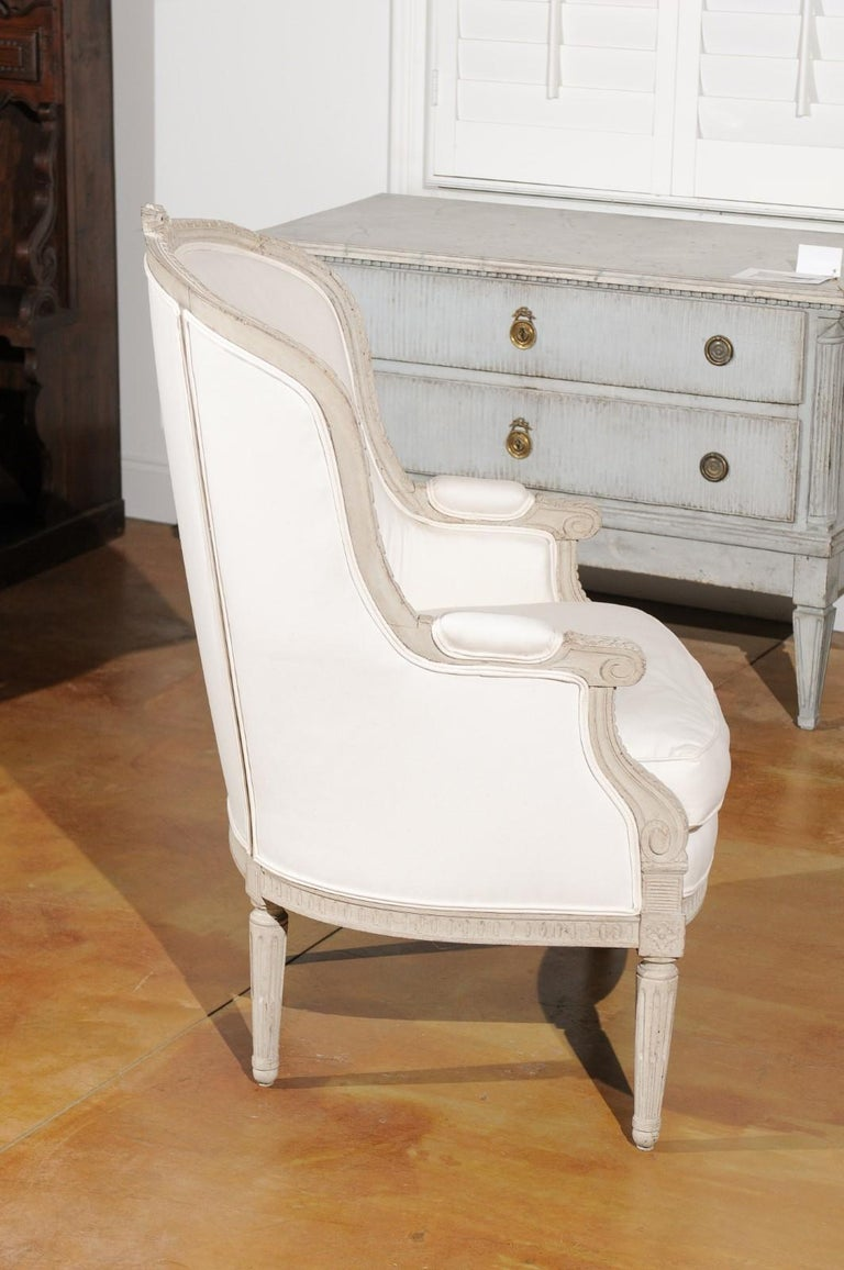 20th Century Swedish 1920s Neoclassical Style Painted Barrel Back Upholstered Bergère Chair For Sale