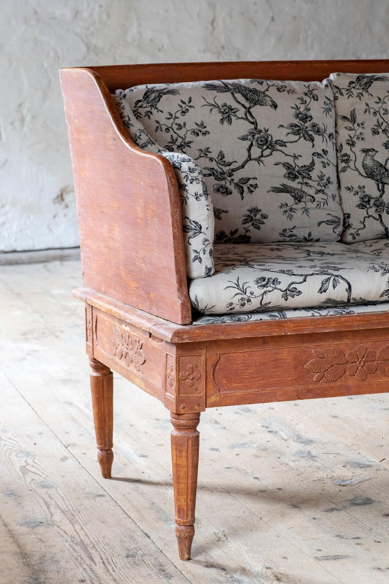 Painted Swedish 19th Century Gustavian Sofa For Sale