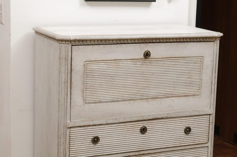 Swedish 19th Century Gustavian Style Painted Wood Drop-Front Secretary For Sale 2