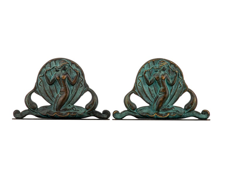 Swedish Art Deco Bookends in Bronze by Oscar Andersson for Ystad Metall In Good Condition For Sale In Stockholm, SE