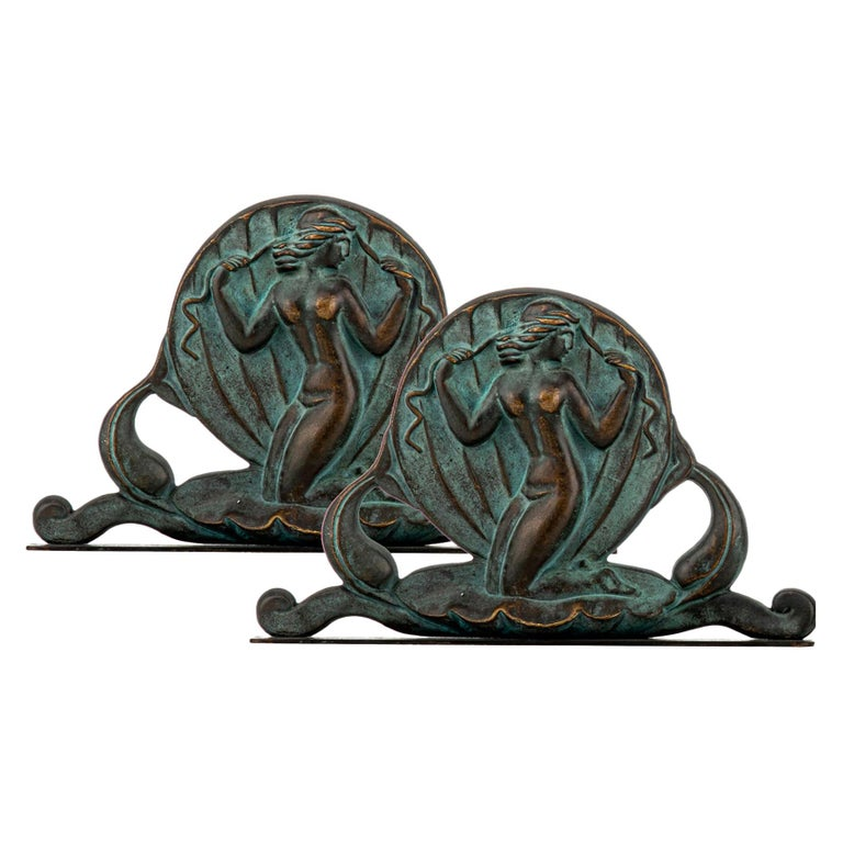 Swedish Art Deco Bookends in Bronze by Oscar Andersson for Ystad Metall For Sale