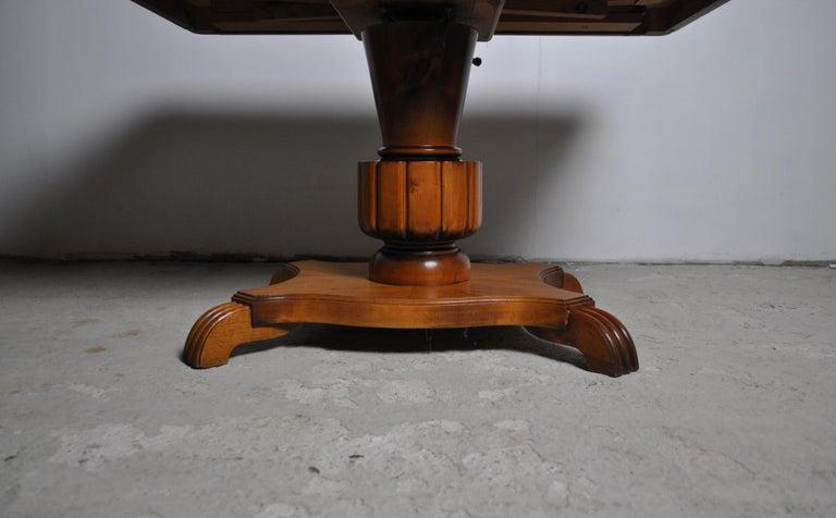 Swedish Art Deco Golden Elm Table, circa 1930 For Sale 5