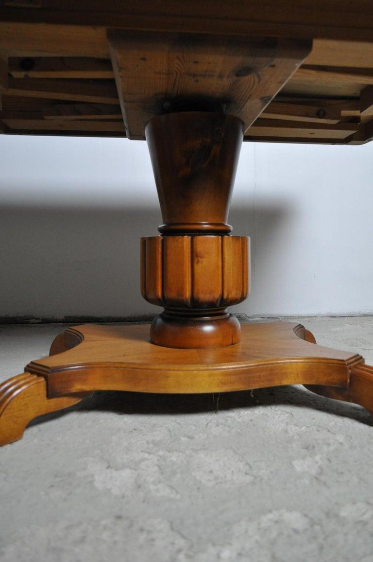 Swedish Art Deco Golden Elm Table, circa 1930 For Sale 4
