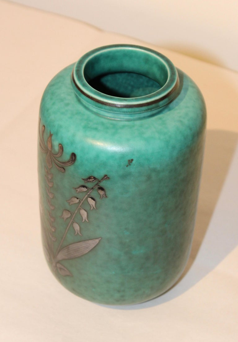 Mid-20th Century Swedish Art Deco Vase by Argenta For Sale