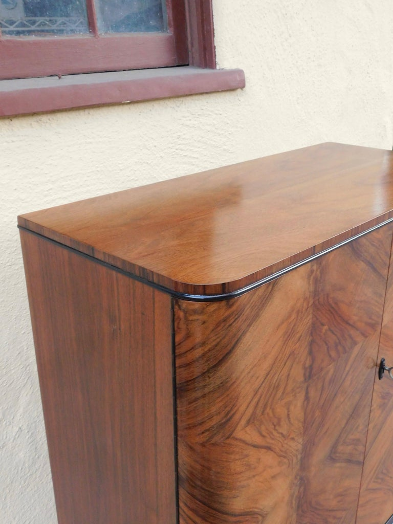Swedish Art Modern Dry Bar or Sideboard in Book Matched Walnut, circa 1940 In Good Condition For Sale In Los Angeles, CA