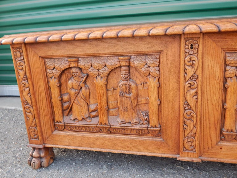 Swedish Arts & Crafts, Neo Gothic Hand-Carved Chest in Oak, circa 1920 For Sale 3