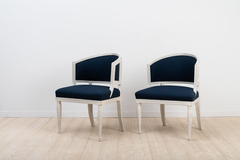Swedish Barrel Back Chairs from the Early 19th Century For Sale 5