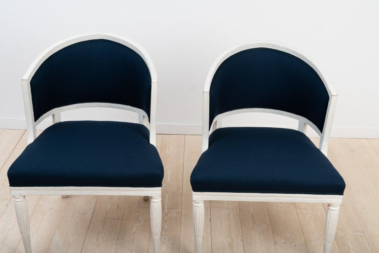 Pine Swedish Barrel Back Chairs from the Early 19th Century For Sale