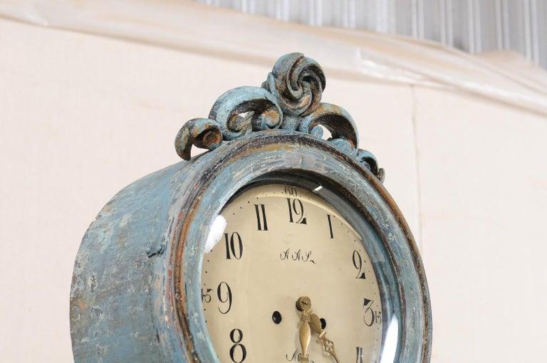 Swedish Beautiful Blue & Curvy-Shaped Fryksdahl Grandfather Clock, 19th Century For Sale 1
