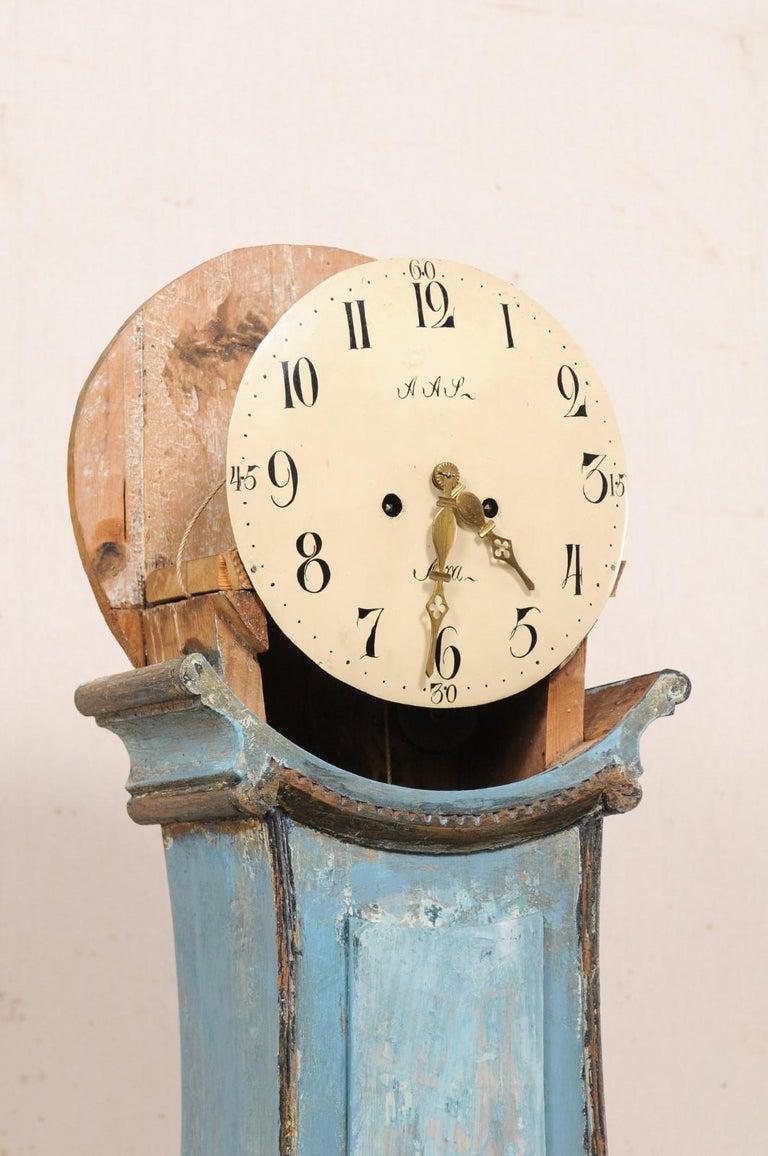 Swedish Beautiful Blue & Curvy-Shaped Fryksdahl Grandfather Clock, 19th Century For Sale 4