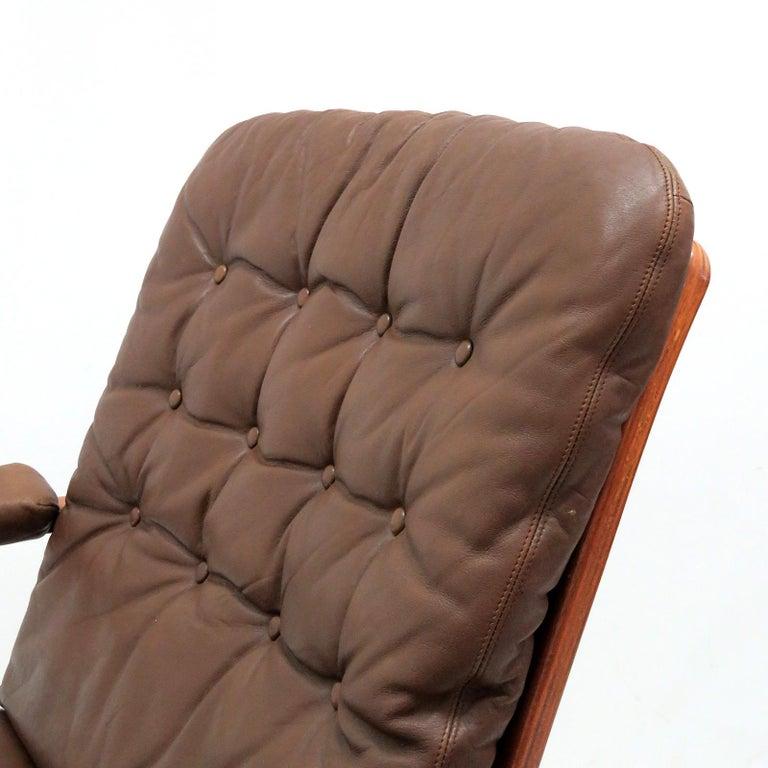 Swedish Bentwood Leather Chairs by Göte Möbler Nässjö For Sale 3