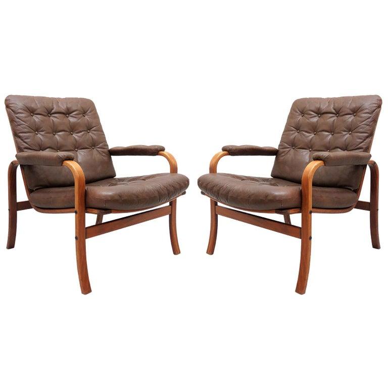 Swedish Bentwood Leather Chairs by Göte Möbler Nässjö For Sale