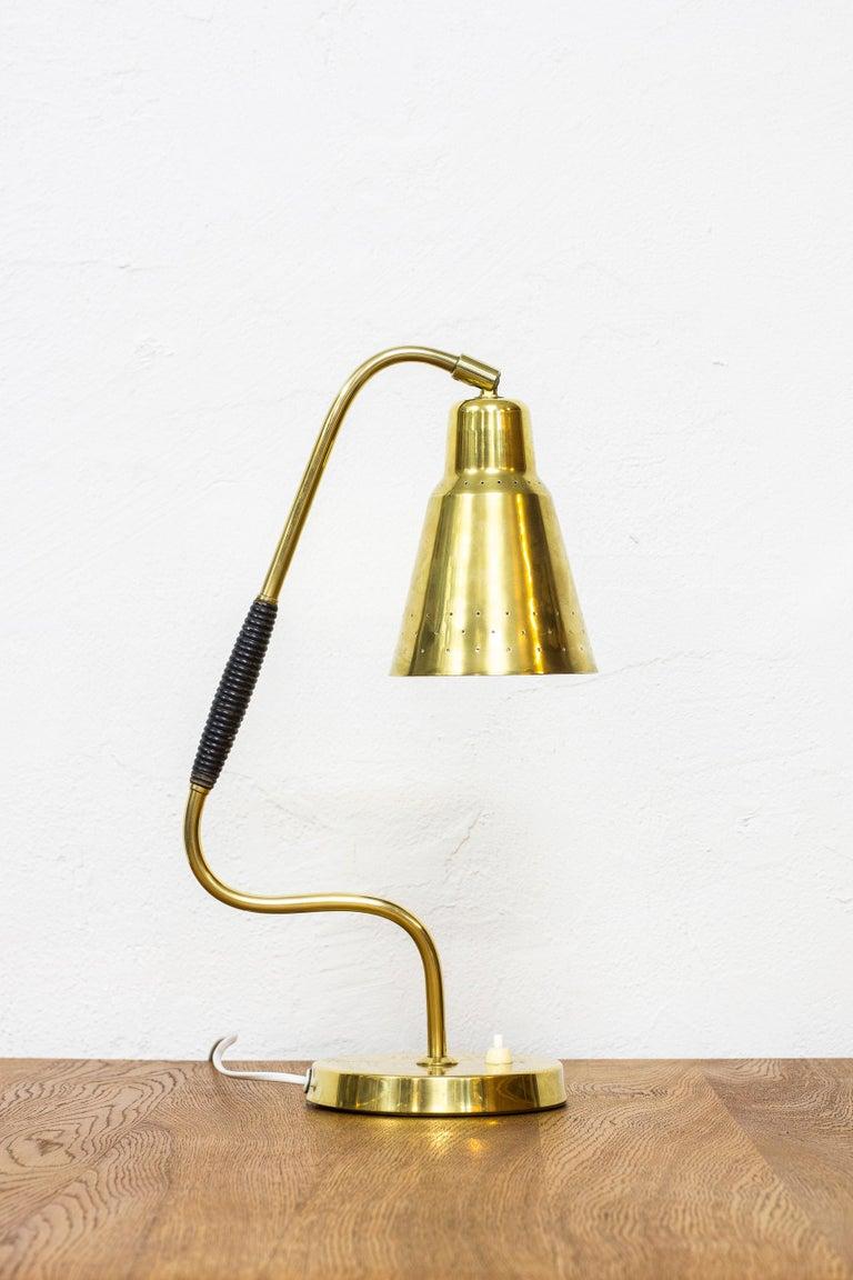 Scandinavian Modern Swedish Brass Table Lamp by Bergboms, Sweden, 1950s For Sale