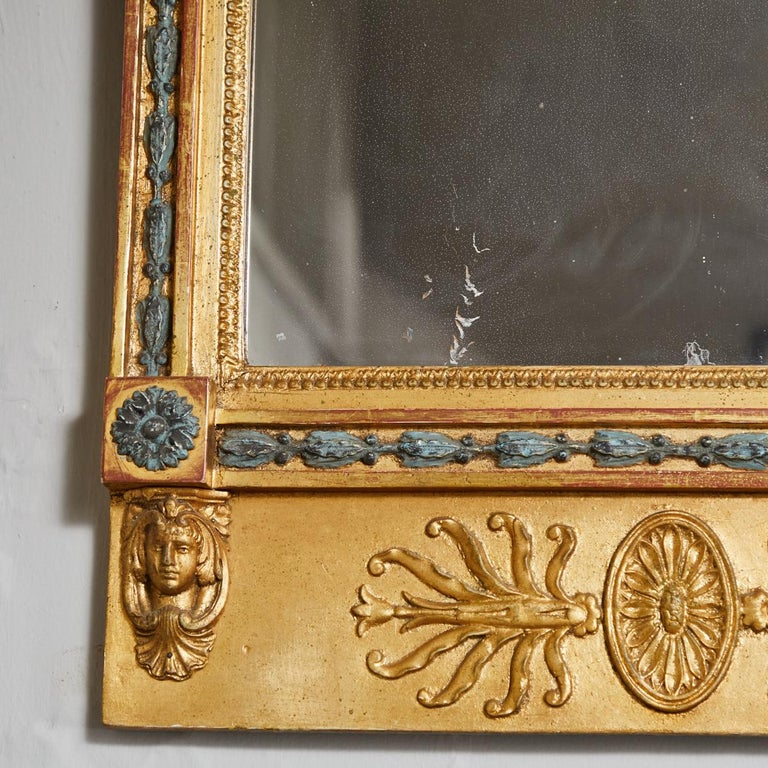 Swedish Carved Gilt Lion Mirror, circa 1800 In Good Condition For Sale In Los Angeles, CA