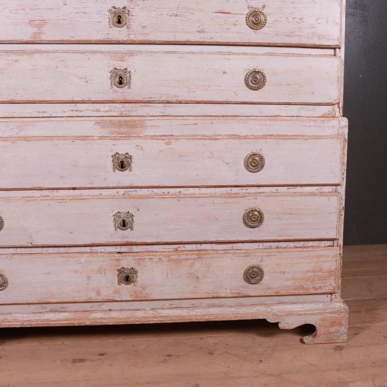 18th Century and Earlier Swedish Chest of Drawers For Sale