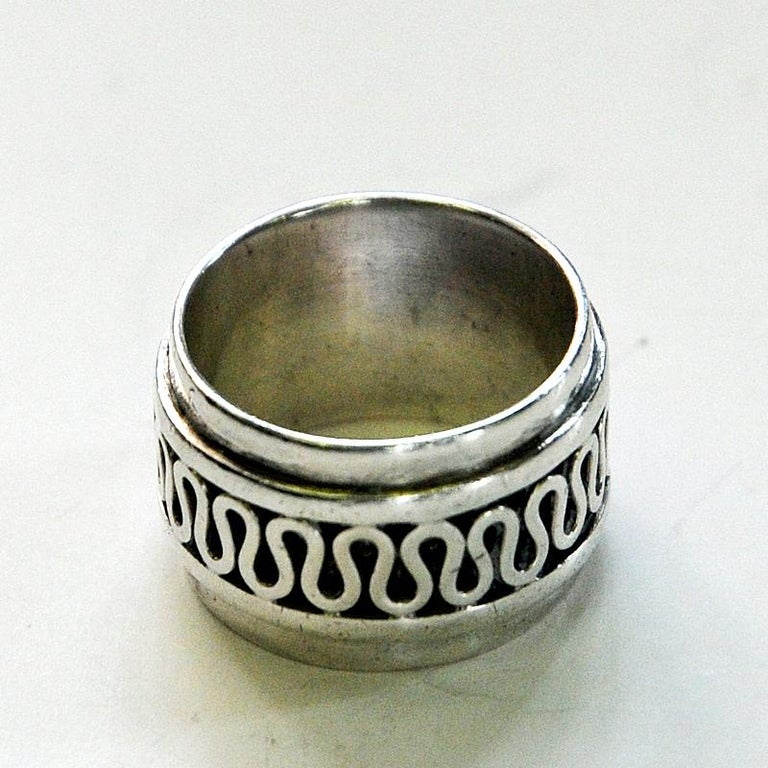 Late 20th Century Swedish Decor Silver Bracelet and Ring Set by Willy Käfling, 1971 For Sale
