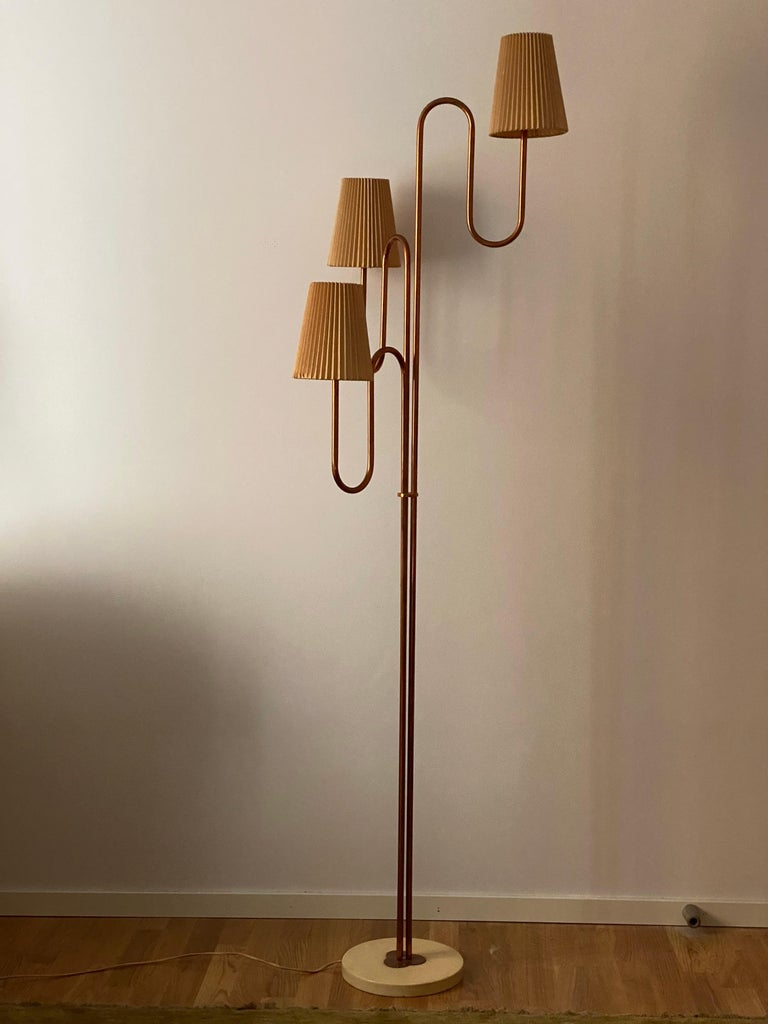Mid-Century Modern Swedish Designer, Large Organic Modernist Floor Lamp, Copper, Metal Paper 1950s For Sale