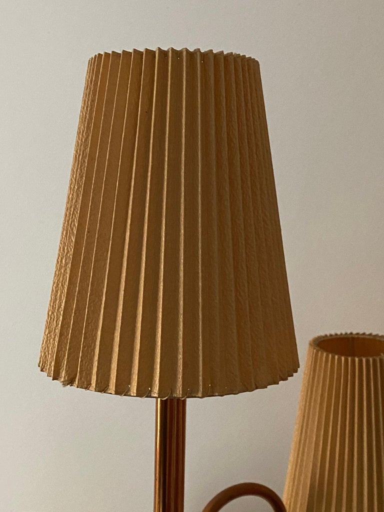 Swedish Designer, Large Organic Modernist Floor Lamp, Copper, Metal Paper 1950s For Sale 3