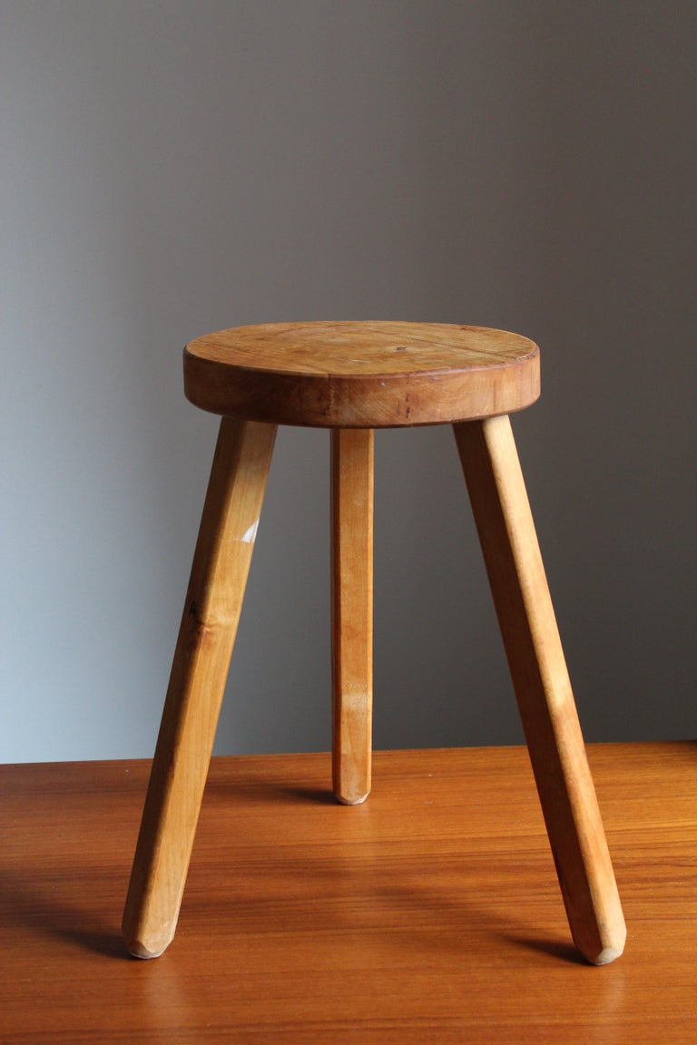 A Swedish wooden stool or side table. By unknown designer, 1970s.   Other designers working in similar style and materials include Axel Einar Hjorth, Roland Wilhelmsson, Pierre Chapo, and Charlotte Perriand.