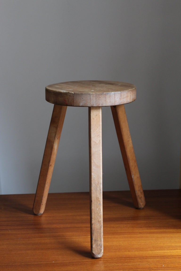 A Swedish wooden stool or side table. By unknown designer, 1970s.   Please see LU3228123028512 for another available stool of the same model that could be paired with this stool.  Other designers working in similar style and materials include