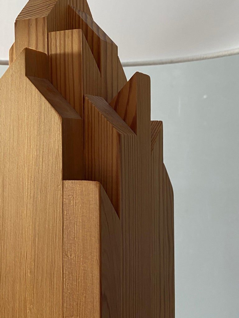 Late 20th Century Swedish Designer, Minimalist Table Lamp, Solid Pine, Sweden, 1970s For Sale