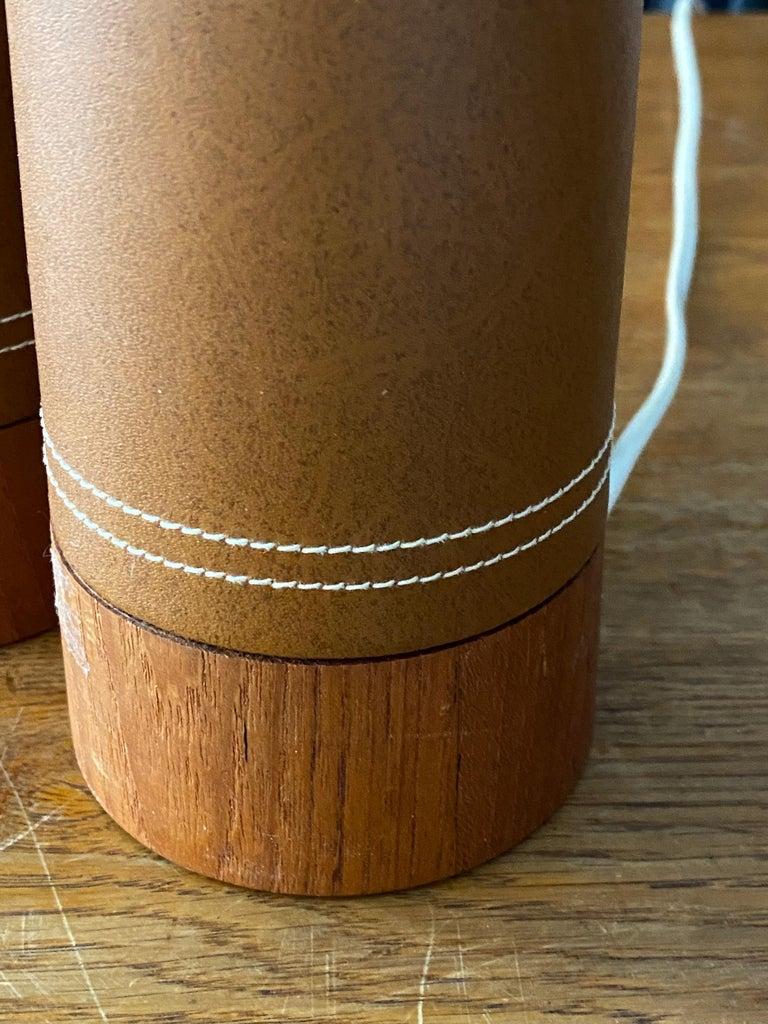 Swedish Designer, Minimalist Table Lamps, Solid Teak, Leatherette, Sweden, 1960s For Sale 2