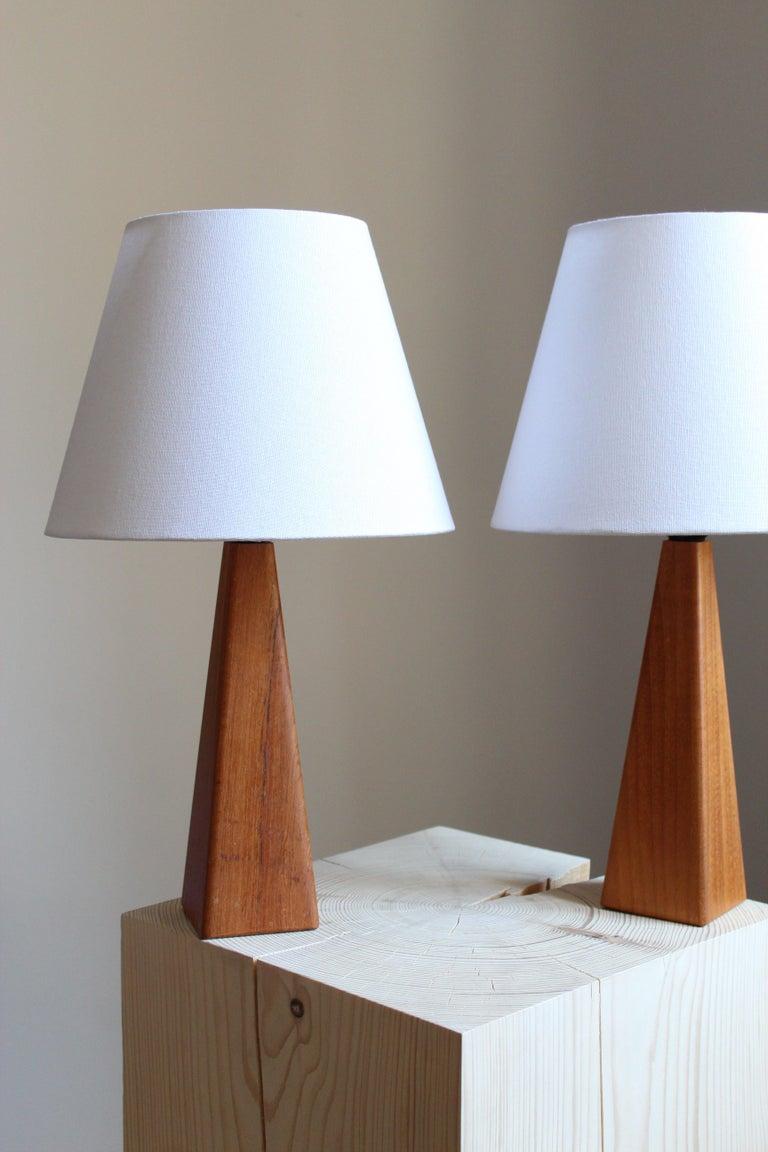 Mid-Century Modern Swedish Designer, Minimalist Table Lamps, Solid Teak, Linen, Sweden, 1960s For Sale