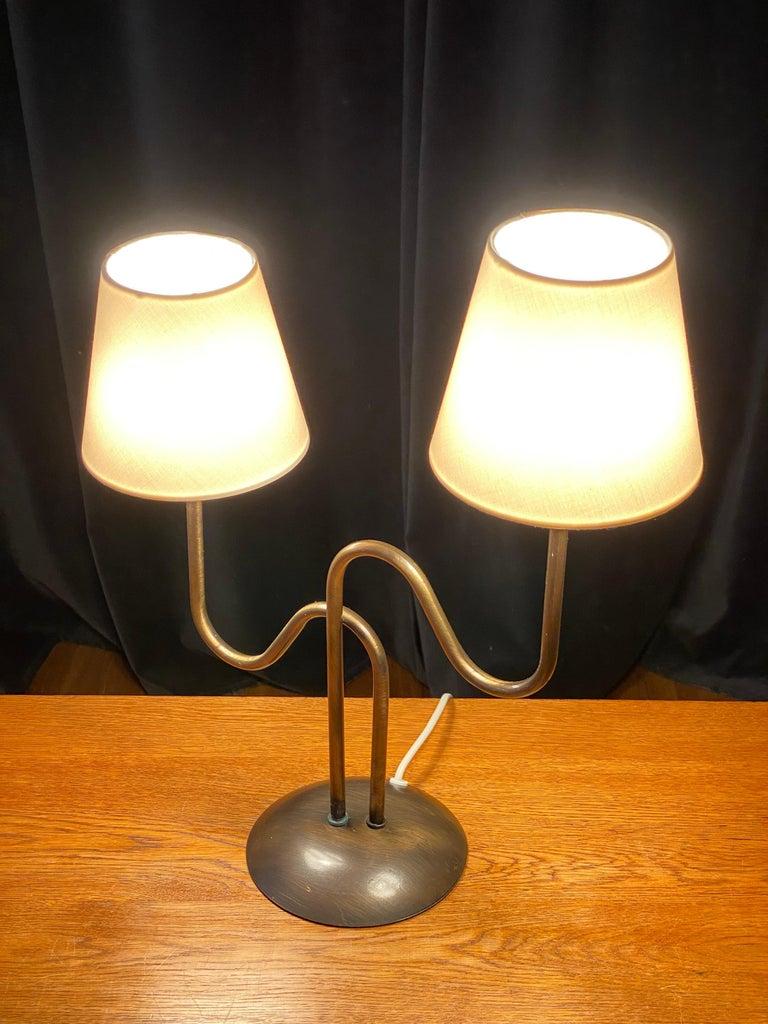 Swedish Designer, Organic Modernist Table Lamp, Brass, Sweden, 1960s For Sale 2