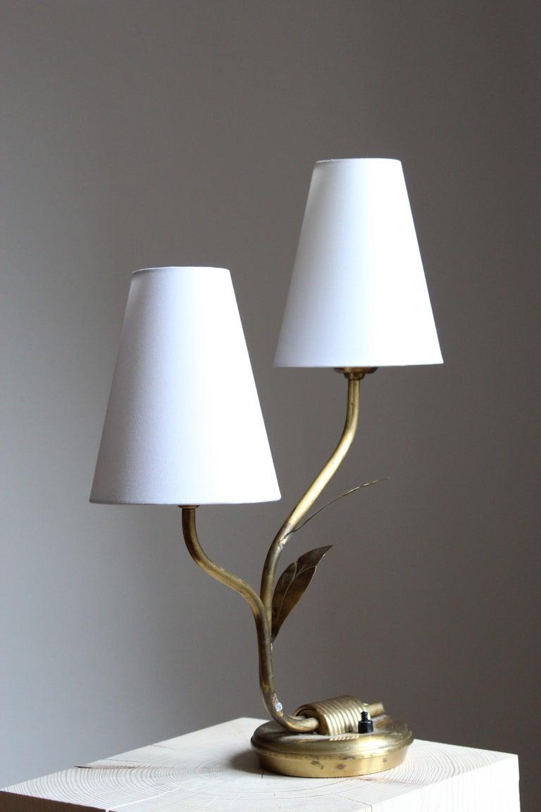 Scandinavian Modern Swedish Designer, Organic Table Lamp, Brass, Fabric, Sweden, 1940s For Sale