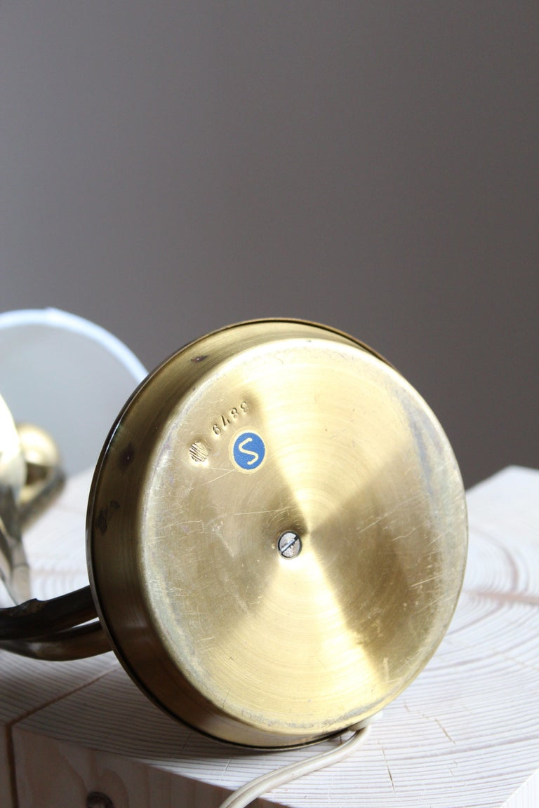 Swedish Designer, Organic Table Lamp, Brass, Fabric, Sweden, 1940s For Sale 3