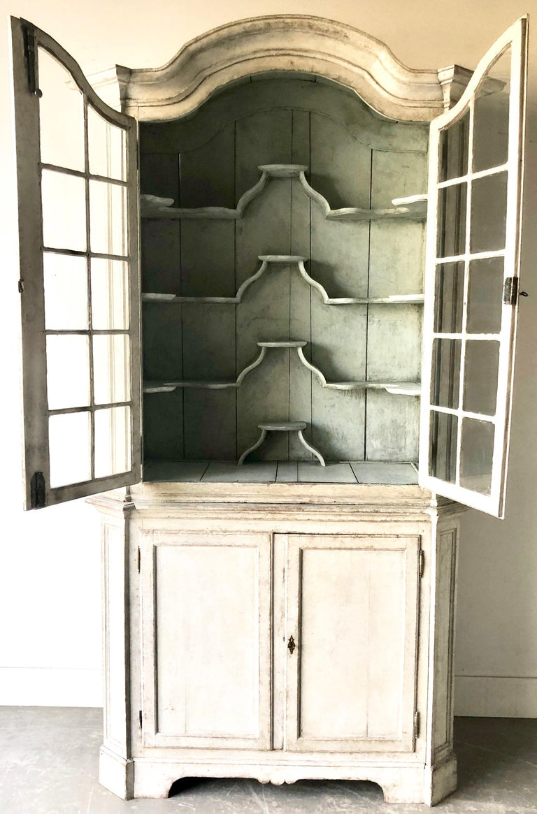 Hand-Carved Swedish Early 18th Century Rococo Period Two Part Vitrine Cabinet For Sale