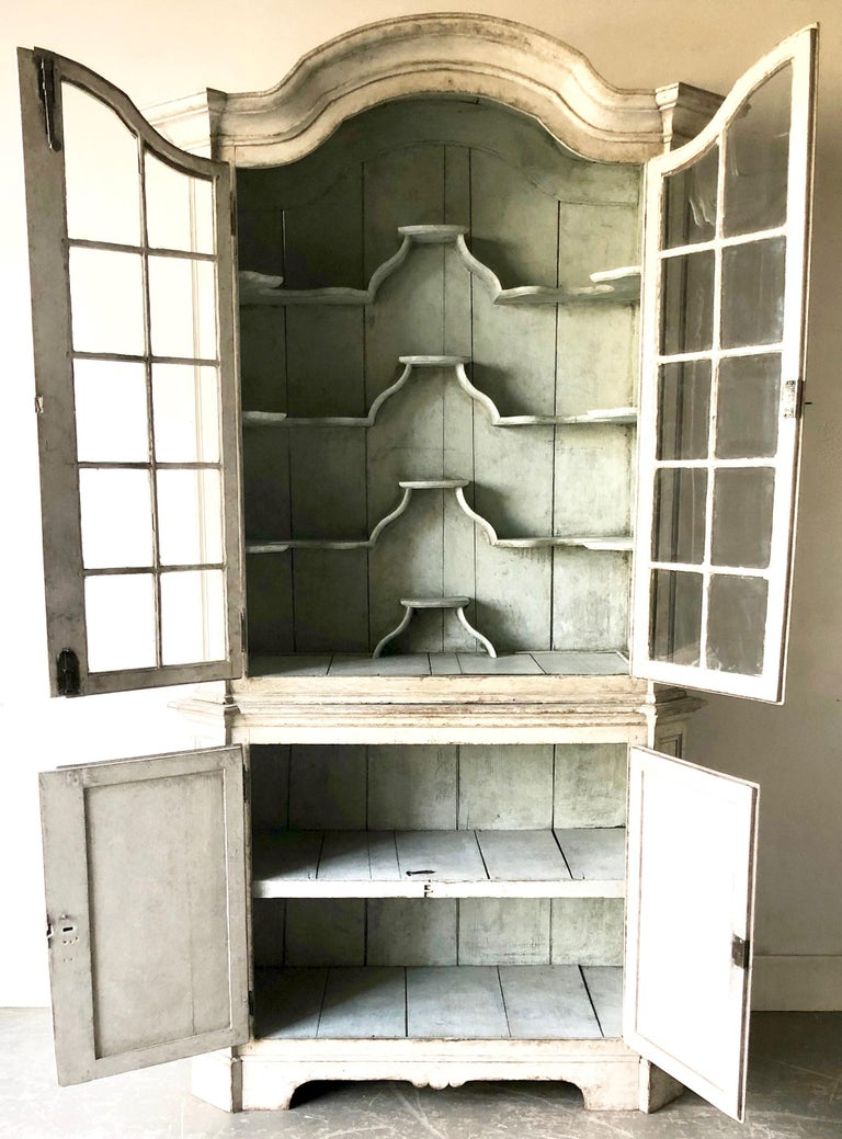 Swedish Early 18th Century Rococo Period Two Part Vitrine Cabinet In Good Condition For Sale In Charleston, SC