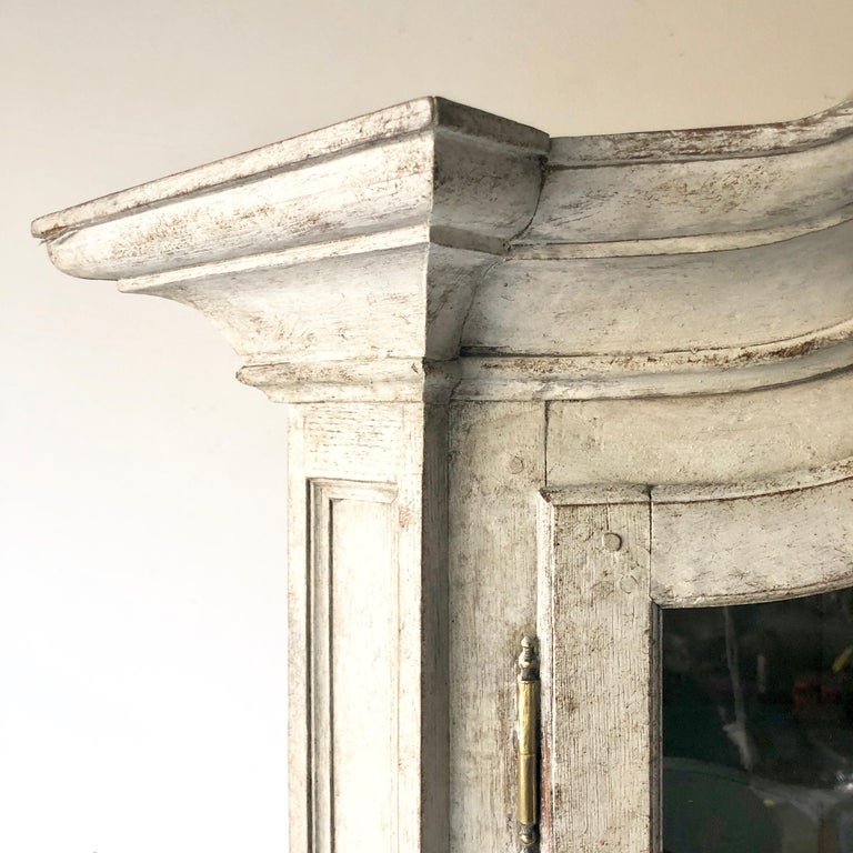 Swedish Early 18th Century Rococo Period Two Part Vitrine Cabinet For Sale 1