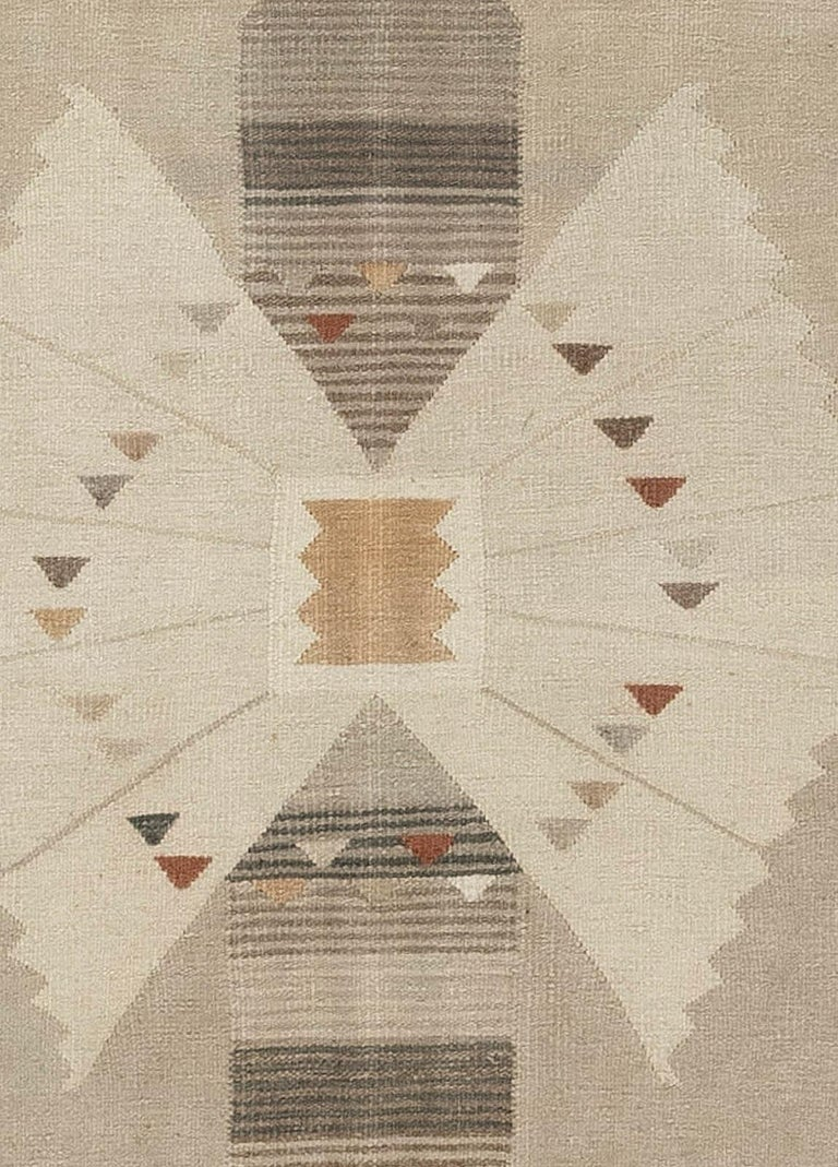 Swedish flat-weave rug Size: 9'9