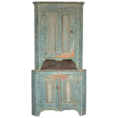 Swedish Folk Art Corner Cabinet in Original Paint