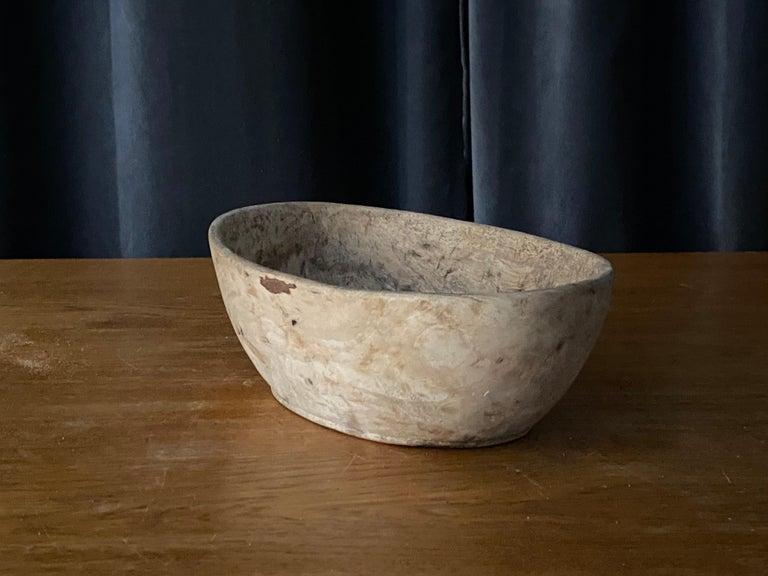 Swedish Folk Art, Unique 19th Century Farmers Bowl, Wood In Fair Condition For Sale In West Palm Beach, FL