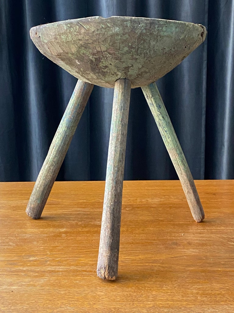 Swedish Folk Art, Unique Early 19th Century Farmers Stool, Green-Painted Wood For Sale 3