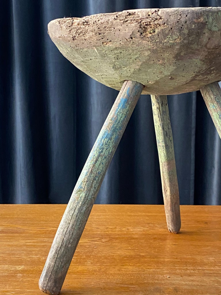 Swedish Folk Art, Unique Early 19th Century Farmers Stool, Green-Painted Wood For Sale 4