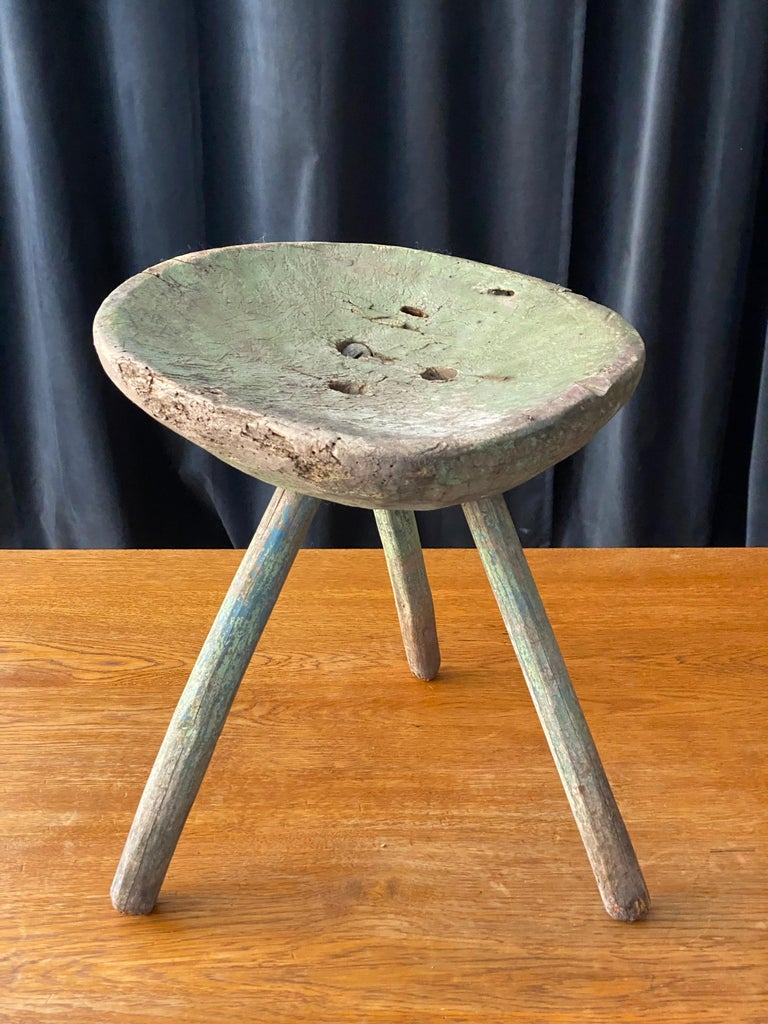 Swedish Folk Art, Unique Early 19th Century Farmers Stool, Green-Painted Wood For Sale 5