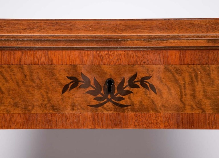 Art Deco Exotic Wood Inlay Desk by Andrew Szoeke In Excellent Condition For Sale In New York, NY